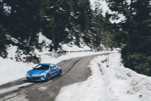 Alpine est de retour - A110, la voiture de sport française agile et compacte 2759778832616