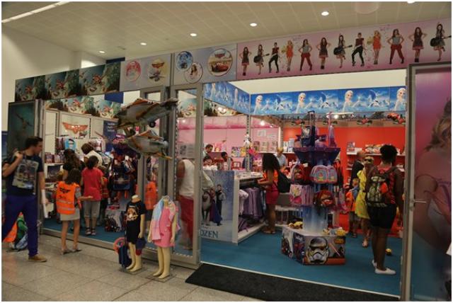 [Boutique Disney Store] Brussels Airport  276453ap5