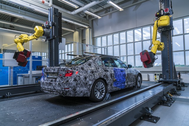 La future BMW Série 5 virtuelle  277187P90228102highResfullyautomatedopti