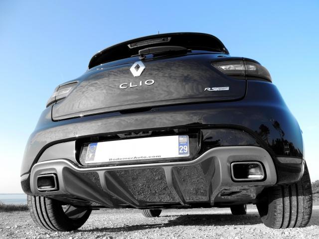 Clio RS IV Trophy noire (nouvelles photos) 278499FSCN3442