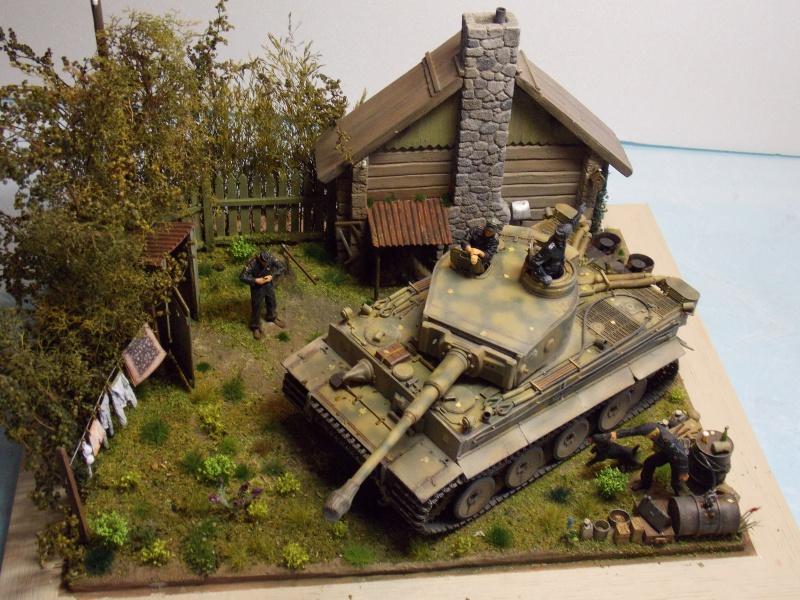 TIGRE S33  avant la bataille de Koursk juillet 43 (Dragon 1/35 dio DIODUMP) - Page 9 282751DSCN4761