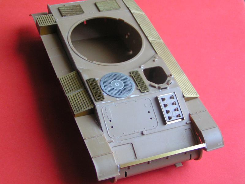 Conversion et détaillage de l'AMX 13/75 de HELLER au 35ème 284097PICT0020