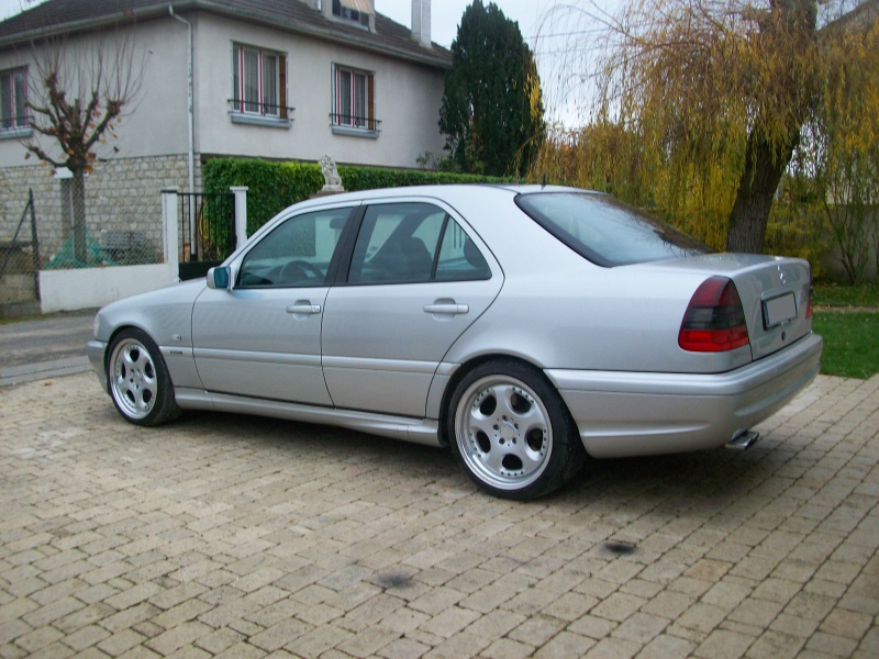 mercedes - Page 25 2853301003048
