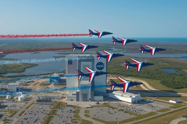 La Patrouille de France survole Cap Canaveral 286522pafusa8