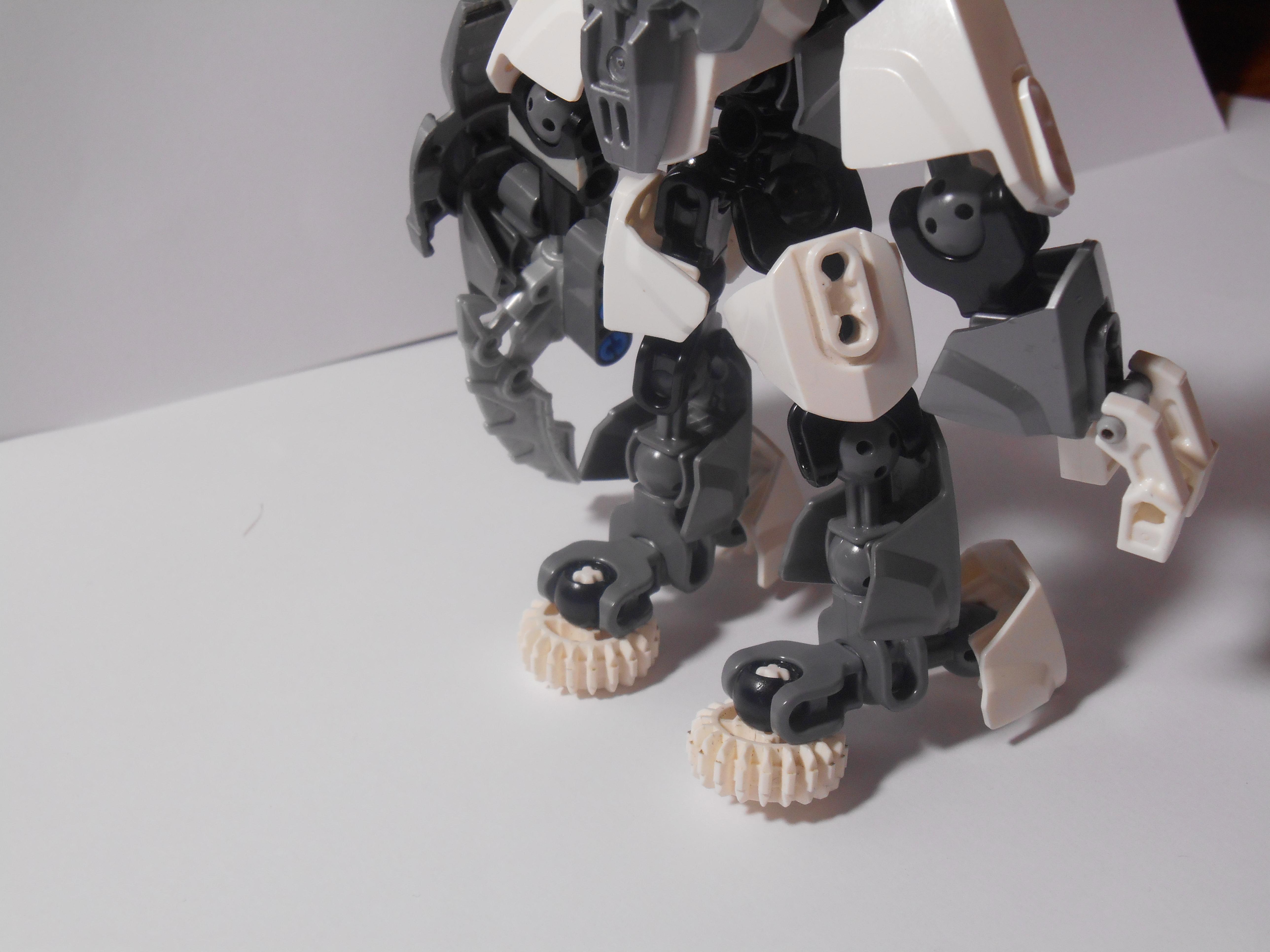 [MOC] Les mocs de Skrall789 (Nouveau Moc : MOCS BFGM : Akhatos - God of the Skull Spiders)  - Page 9 287319DSCN0278