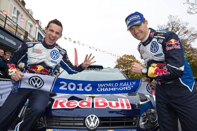 Victoire de Sébastien Ogier/Julien Ingrassia et quatrième titre constructeurs pour Volkswagen  29447814890398