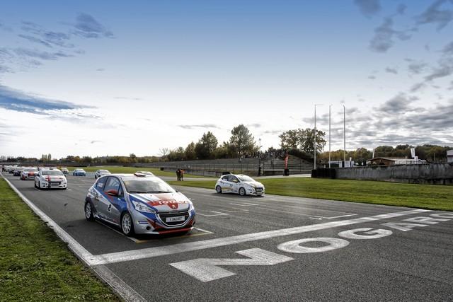 Rencontres Peugeot Sport - Quatre Titres Distribués A Nogaro ! 29651858275de59ed47