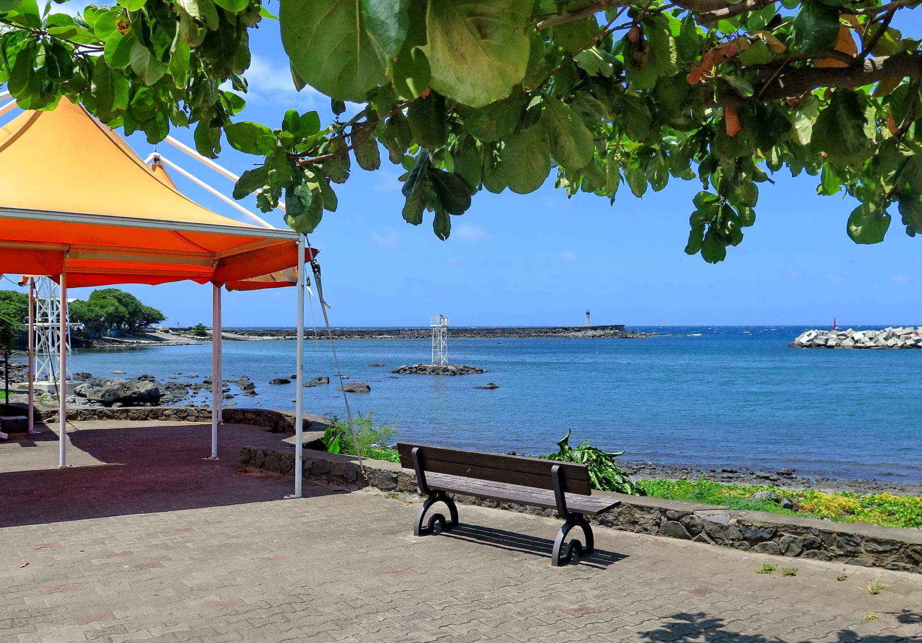 [Vie des ports] Les ports de la Réunion - Page 2 296702IMG0379