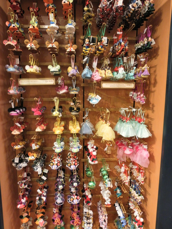 Les accros du shopping à Walt Disney world - Page 2 298103SAM4496