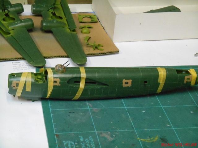 B24.D LIBERATOR kit 1/72 Revell 310819DSCN8482Copier