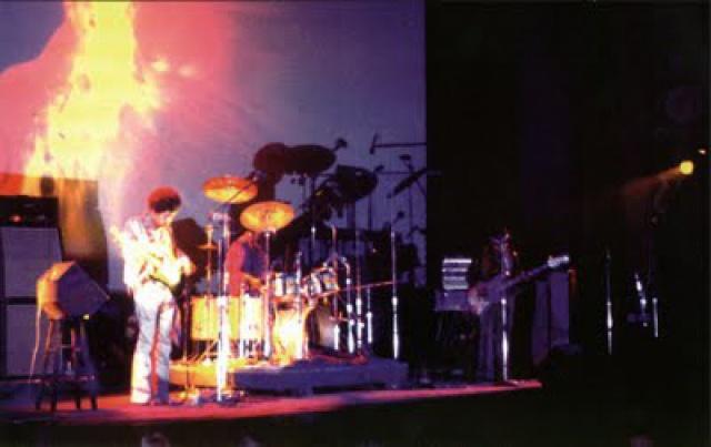 New York (Fillmore East) : 31 décembre 1969 [Second concert]  316227Capture3