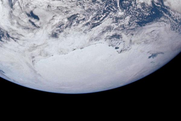 Le mythe des ouvertures polaires 317151AS1714822727polesud