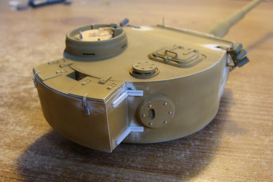 Tigre I - Tamiya ref 35156 - 1/35 - Page 2 318680DSC05010