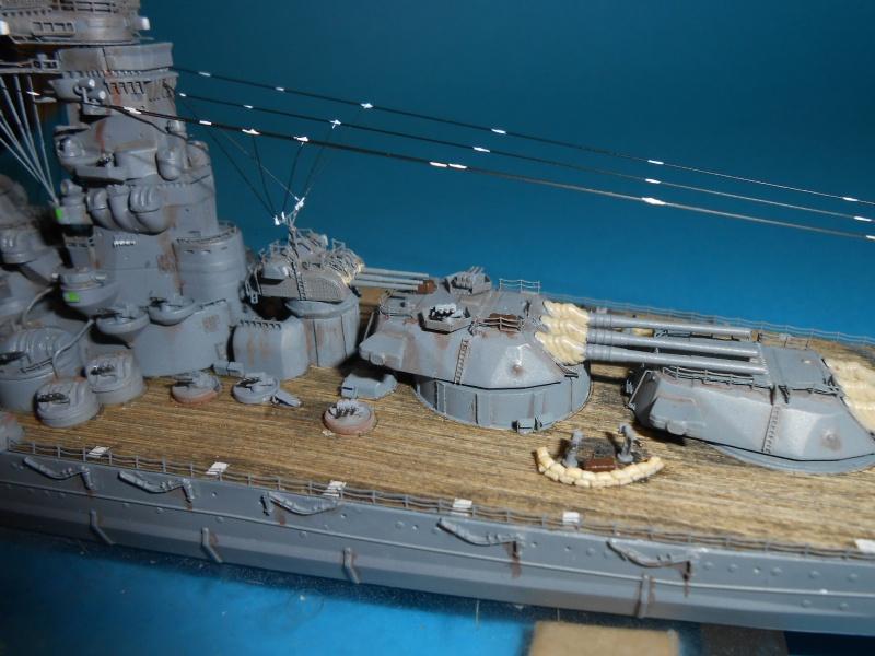 Yamato 1/700 fuji, PE,Pont en bois et babioles - Page 5 322172DSCN6291