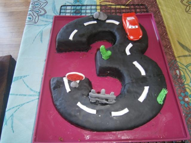Cars quatre roues : Flash McQueen et ses amis - Page 4 325477P4140172