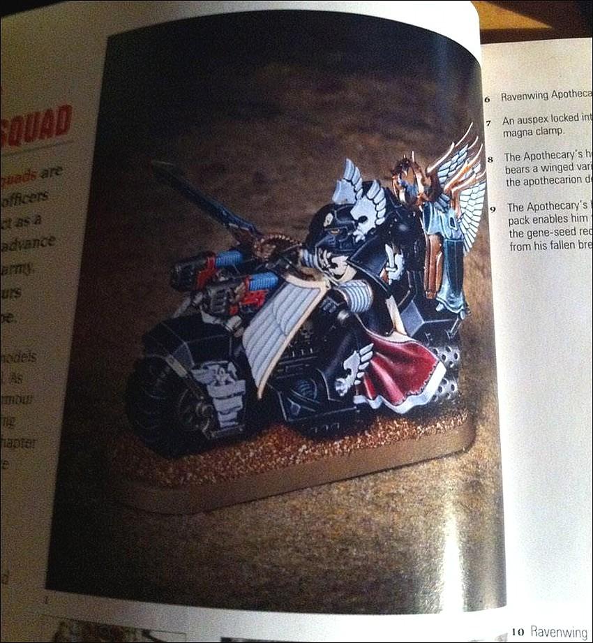 Codex Dark Angels et nouvelles figurines 325743WhiteDwarfjanvier2013H