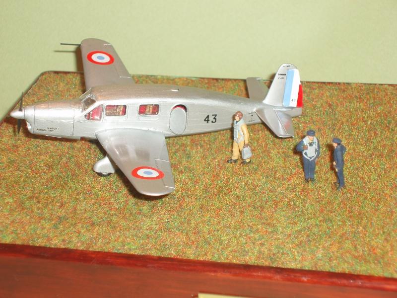 Diorama Caudron Simoun Armée de l'Air! 326019P1010328