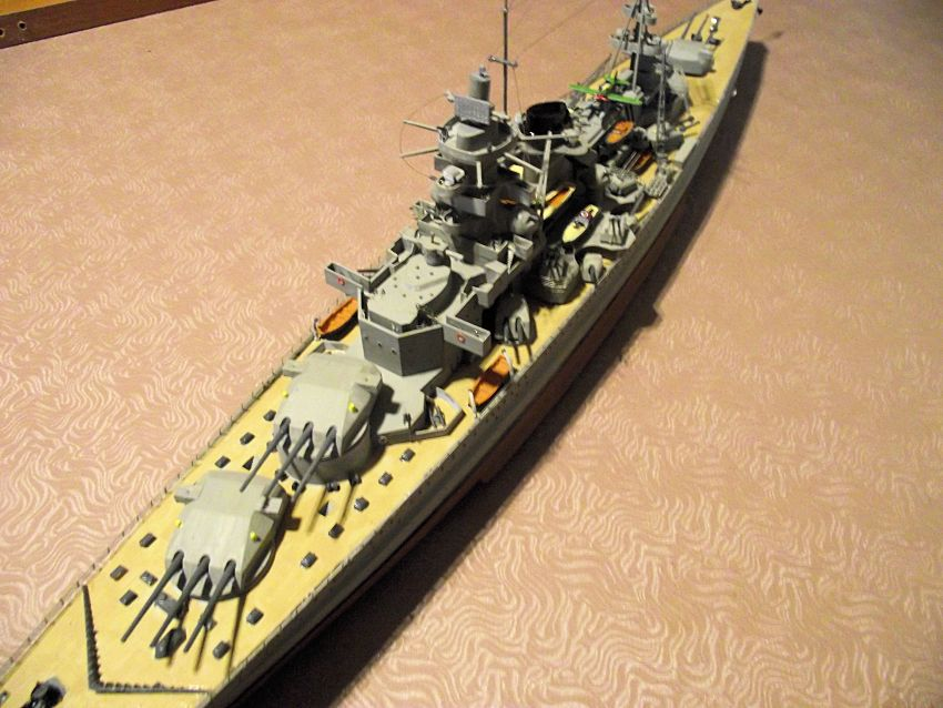 Croiseur de bataille Scharnhorst Heller au 1x400 333616Scharnhorst1x40025