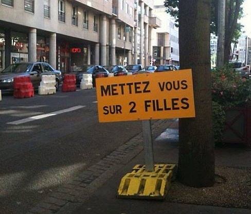 HUMOUR - blagues - Page 3 3355872filles