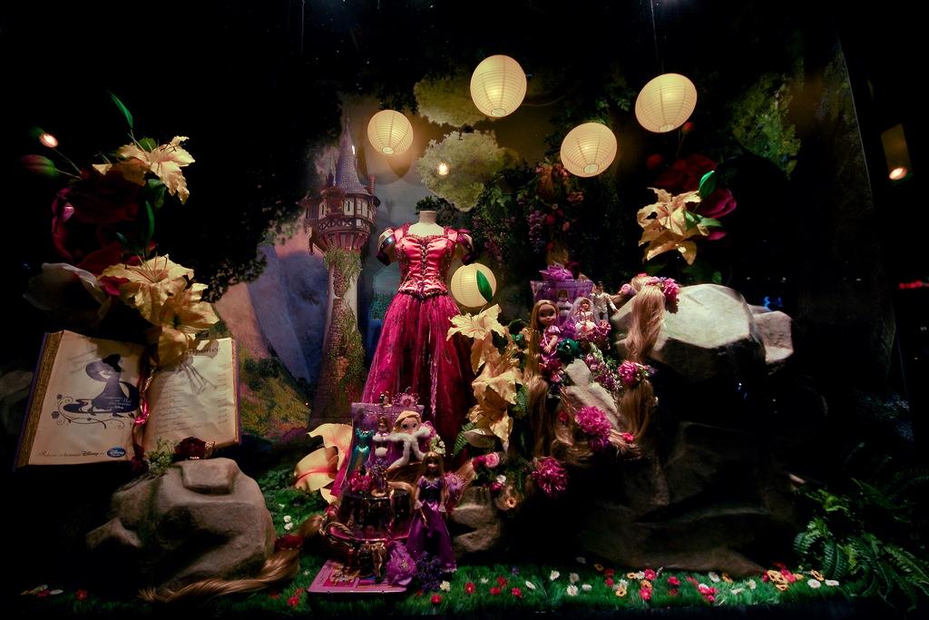 La magie de Noël à Paris 336370RAIPONCEX1024