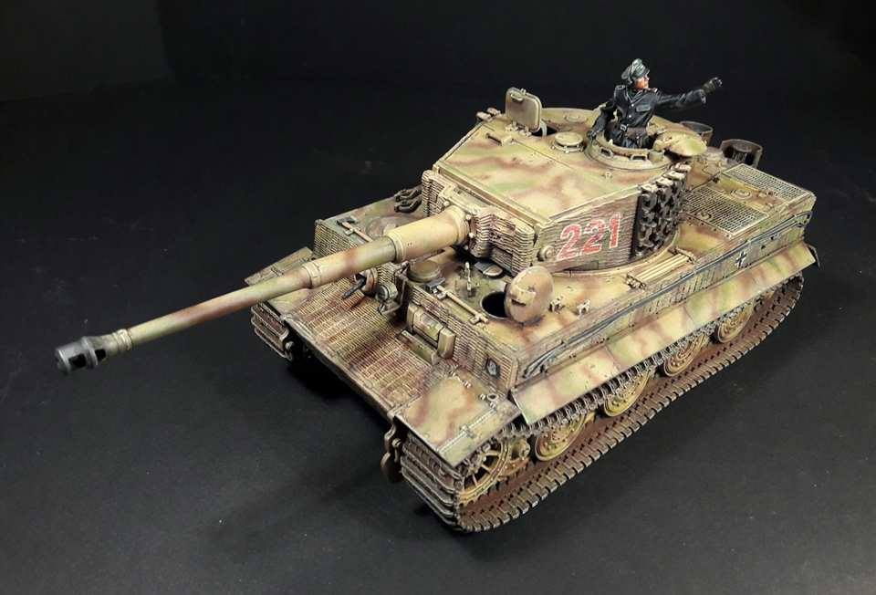 Tiger I Late production - Normandie 1944 - Dragon - 1/35 - Page 3 34296717918415102109665542543661390694790n