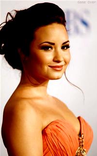 Demi Lovato  347730dl1