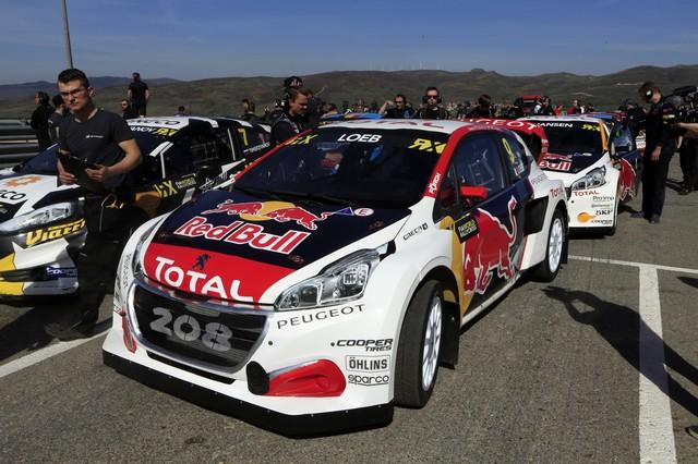 Sébastien Loeb et la PEUGEOT 208 WRX décrochent une belle deuxième place à Montalegre 35232358fc8a08008d9