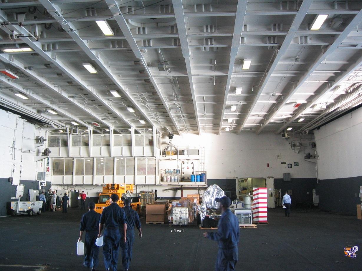 CVN 68 USS Nimitz Trumpeter 1/700  - Page 4 355848Nimitz25