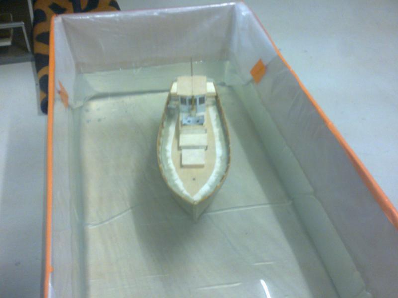 barque chalutiére au 1/20è d'après plans - Page 3 35844722032011123