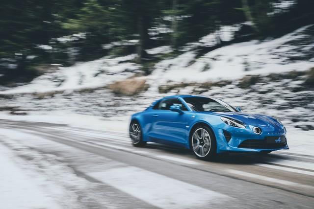 Alpine est de retour - A110, la voiture de sport française agile et compacte 3606738833016