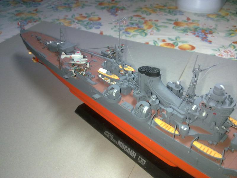 Croiseur lourd Mogami au 1/350 ème TAMIYA 361554190120111107