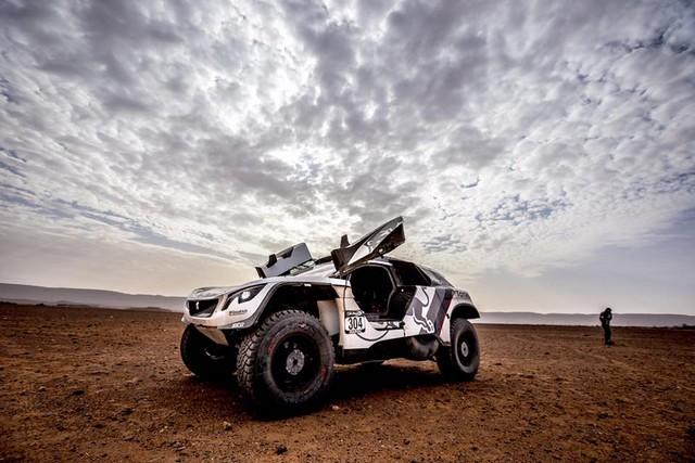 1ère VICTOIRE DE LA PEUGEOT 3008DKR Rallye du Maroc – Étape 3/5 36165714591806