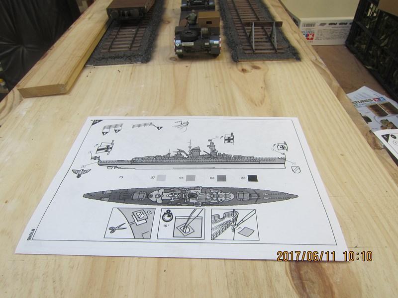 Admiral Scheer  Heller 1/400 Concours Heller 60 ans 364495IMG4671Copier