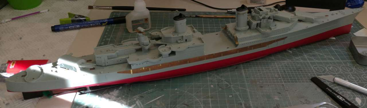 USS Indianapolis 1/350 Academy - 1945 - Page 2 365587Indianapolis32