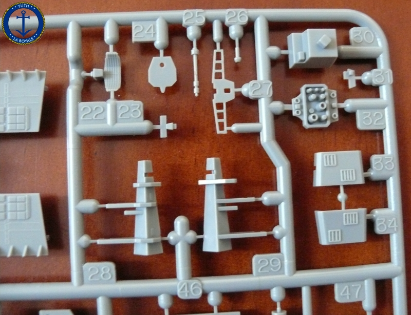 JMSDF LST Osumi 1/700 (Tamiya) 368280P1080423