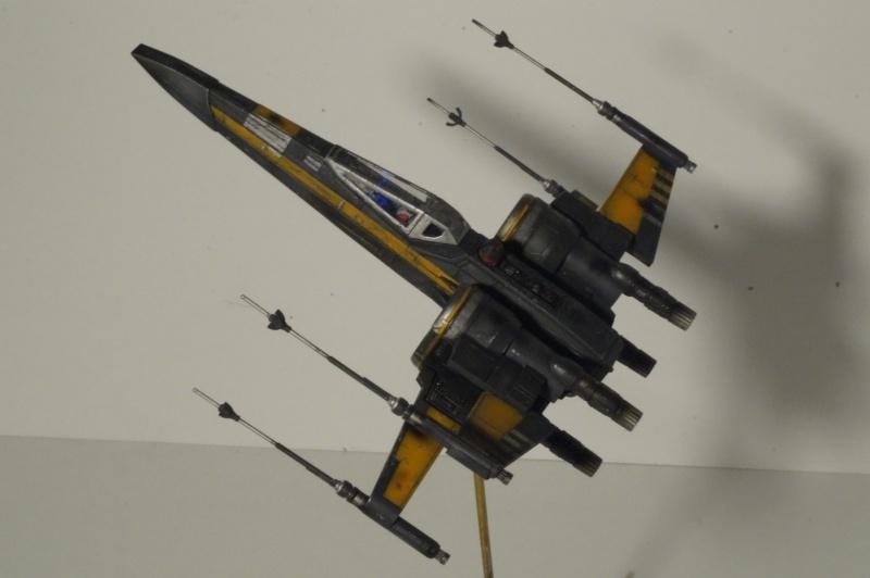 "X-Wing ""Resistance"" T-70 Bandaï 1/72 369723DSC01527"