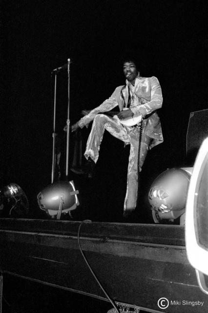 Londres (Saville Theatre) : 8 octobre 1967  [Premier concert] 369774Saville11