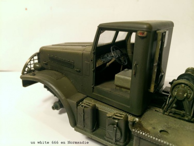 us white 666 cargo truck au 1/35 en Normandie hobby boss 371902white1003