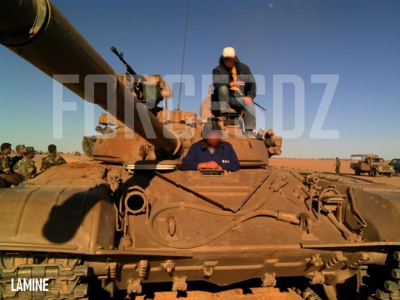 صور دبابات قتال رئيسية الجزائرية T-72M/M1/B/BK/AG/S ] Main Battle Tank Algerian ]   - صفحة 2 372374GFF