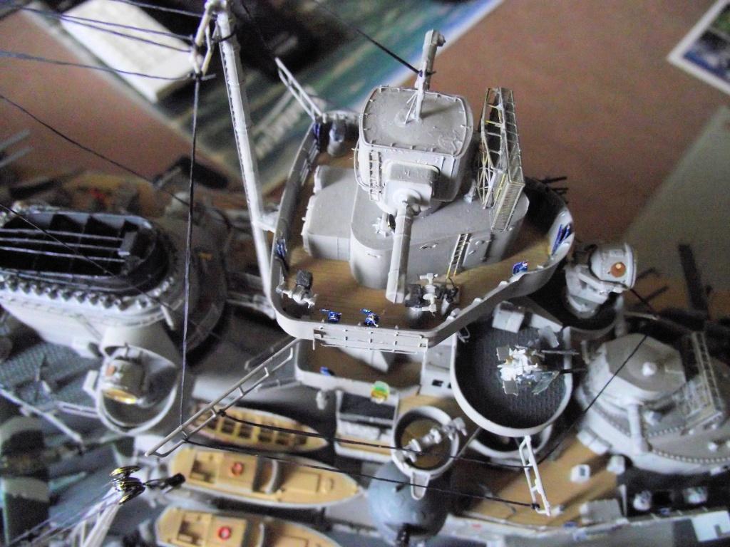 Bismarck 1/200 Trumpeter - Page 6 372608Bismarck1x200146