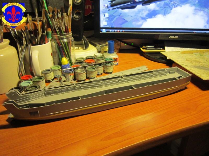 U.S. Navy Landing Ship Médium (Early) au 1/144 de Revell par Pascal 94 373789IMG40671
