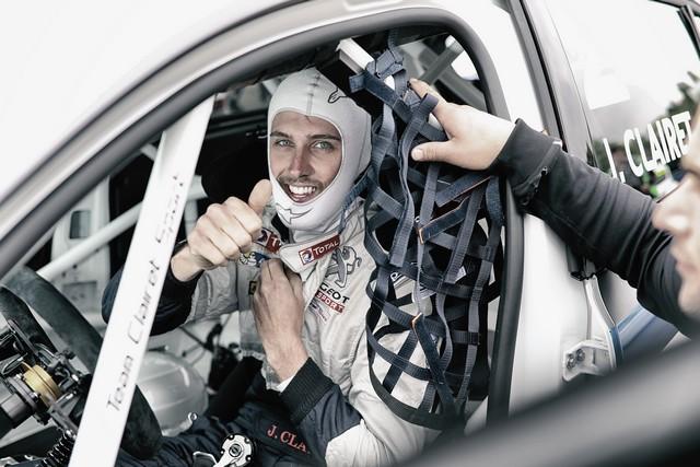 Carton Plein Pour La Peugeot 308 Racing Cup À Nogaro 37667258f49ebe9f4bd
