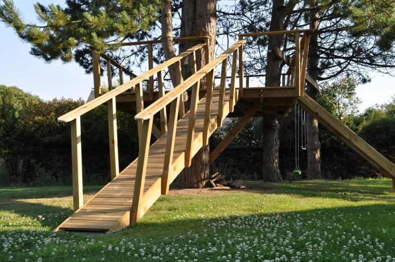 Projet de toboggant pour la cabane dans les arbres de mon fils, vos idées? - Page 3 378071Cabane14