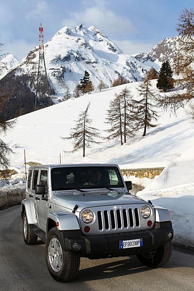 Série Limitée Jeep Wrangler Nautic présentée au Salon Nautique de Paris 379081110221JWranglerUlimited09