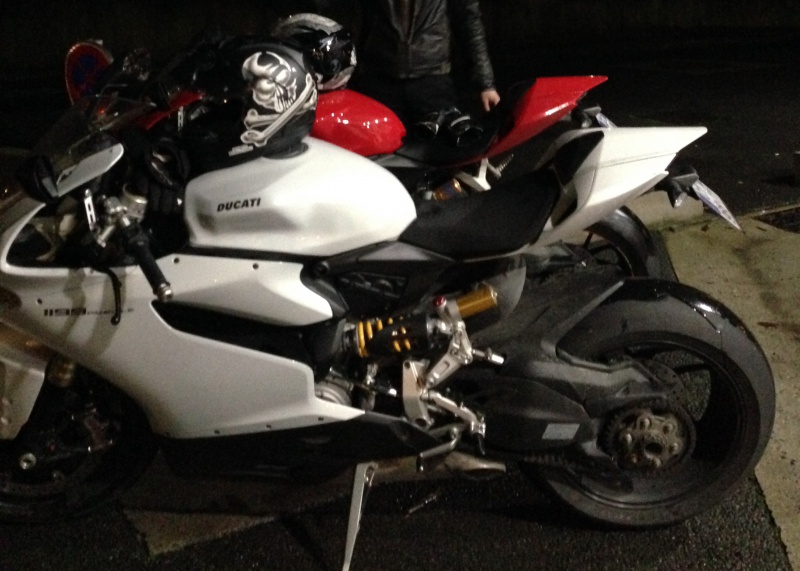 DUCATI Monster 1200s - Page 2 379607IMG0521