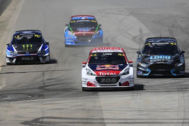 Sébastien Loeb et la PEUGEOT 208 WRX décrochent une belle deuxième place à Montalegre 38001358fc8cbe33f0f