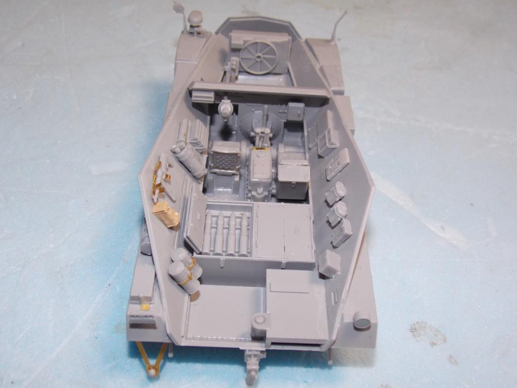 Quelque part front est été 41  Stug III ausf B (tamiya ) et SdKfz  252 (dragon ) 1/35 382718DSCN5376