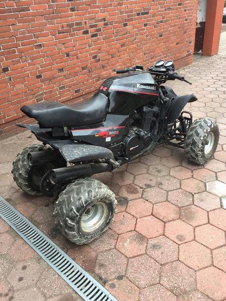 Quad GPz 900R Ninja 386506QuadKawasakiGPZ900RN03