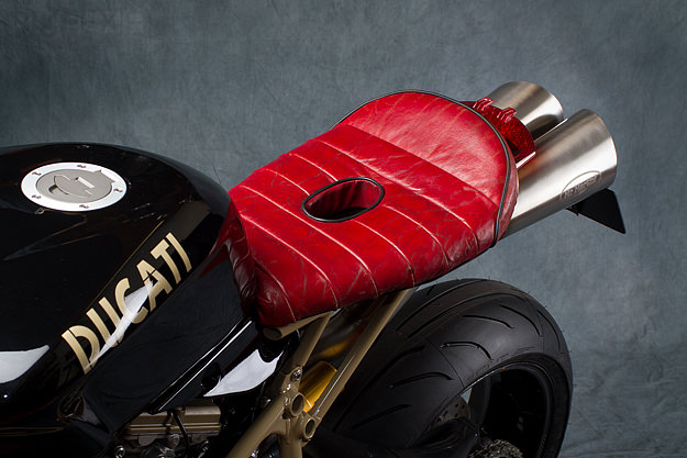 Racer, Oldies, naked ... - Page 40 387798ducati1098r2
