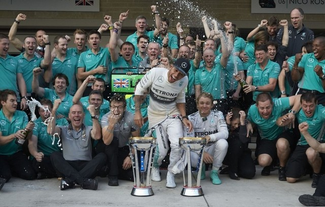 F1GP des Etats-Unis 2014 : Victoire Lewis Hamilton 3878942014LewisHamilton1